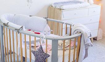 comment choisir le lit de b b guide de naissance. Black Bedroom Furniture Sets. Home Design Ideas
